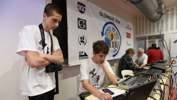 Olomoučtí studenti se jako první v Česku spojili s ISS.