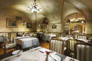 Malostransk� restauraci Pod V�� v�vod� modern� �esk� kuchyn�