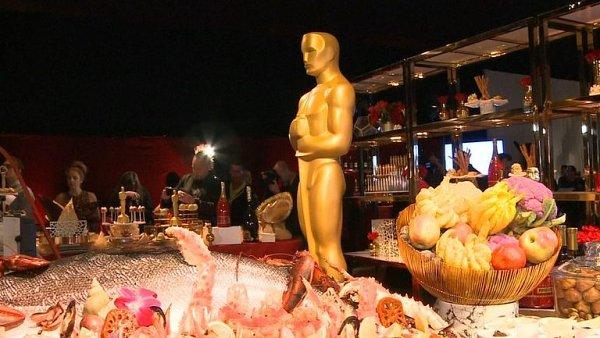 Hollywoodské hvězdy mají po Oscarech velký hlad. Kuchaři prozradili, co nabídnou.