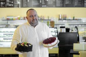 Hájkovi podnikají se zmrzlinou 40 let: Dnes jsou přísady kvalitnější, říká spolumajitel rodinné cukrárny