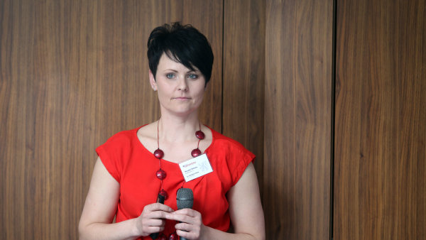 Helena Horská, analytička Raiffeisenbank