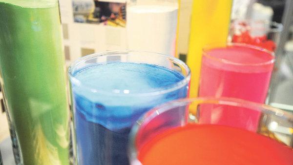 Metoda práškového lakování umožňuje nekonečně mnoho kombinací barev, textury, tloušťky a vzhledu povrchu.