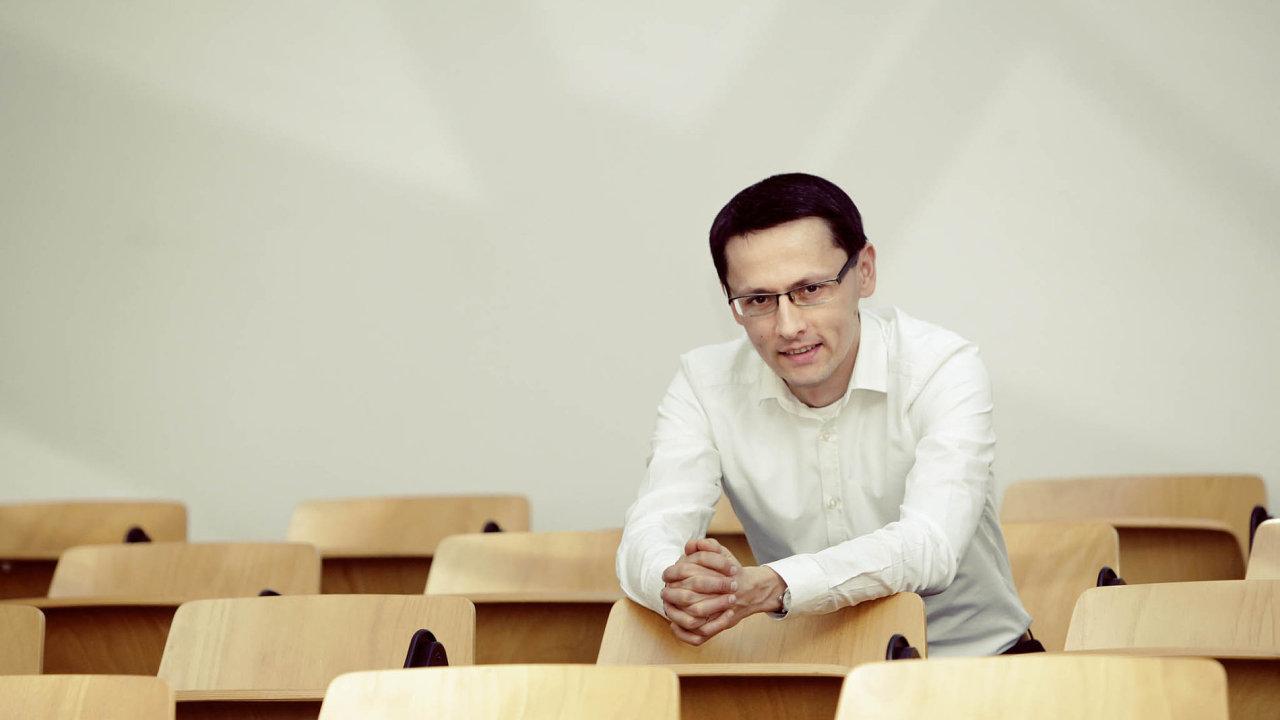 PhDr. Martin Gregor, Ph.D., ředitel IES FSV UK