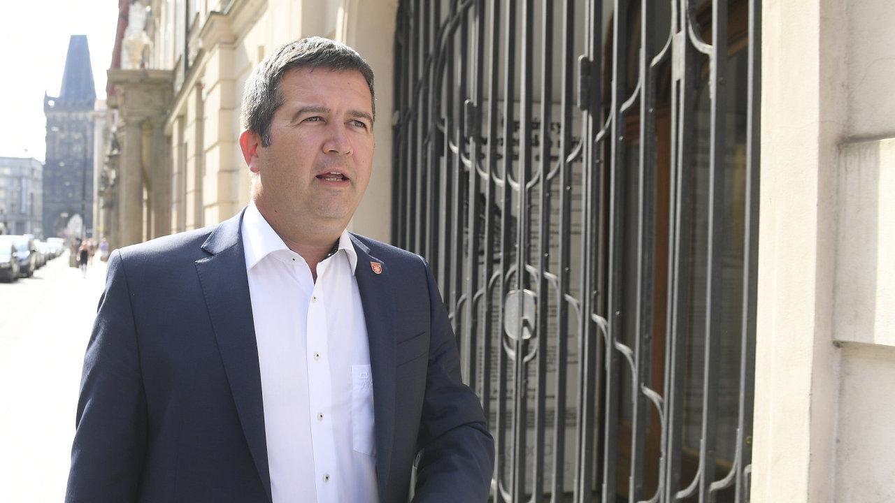 Jan Hamáček, předseda ČSSD, místopředseda vlády a ministr vnitra a zahraničí.