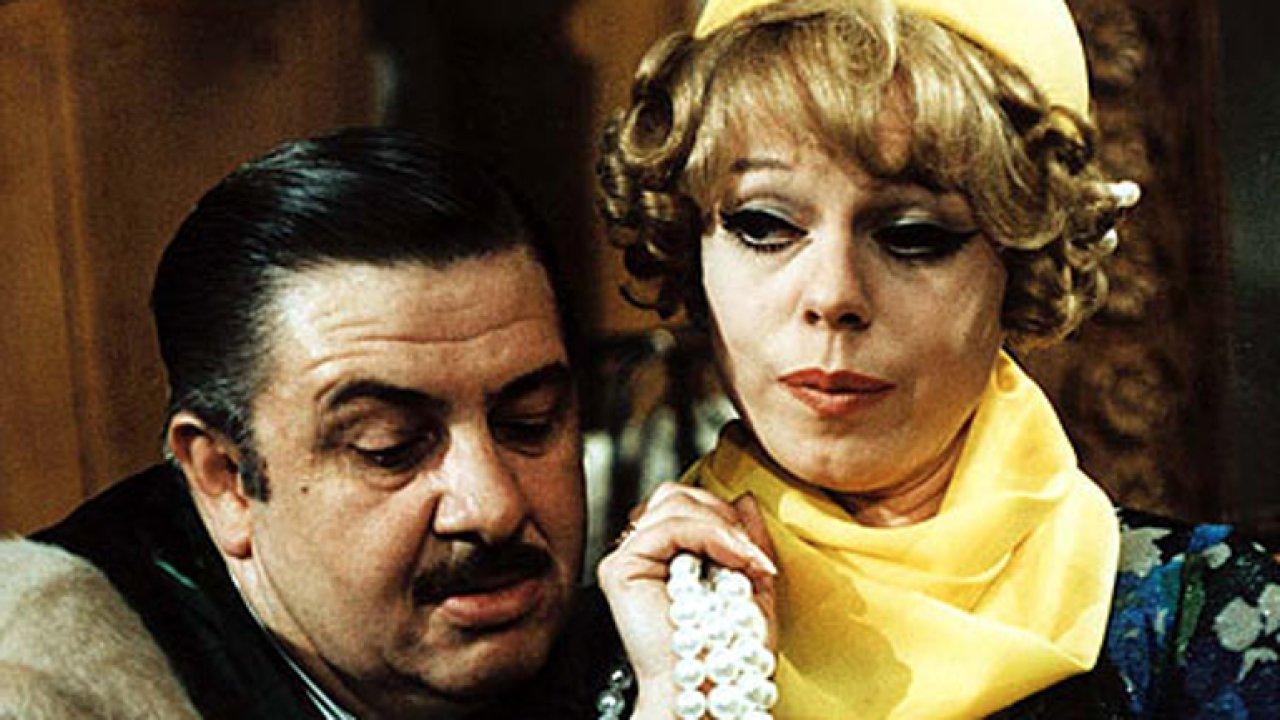 Pane, vy jste vdova je nejlepší česká komedie, která se nebála jít do krajnosti.