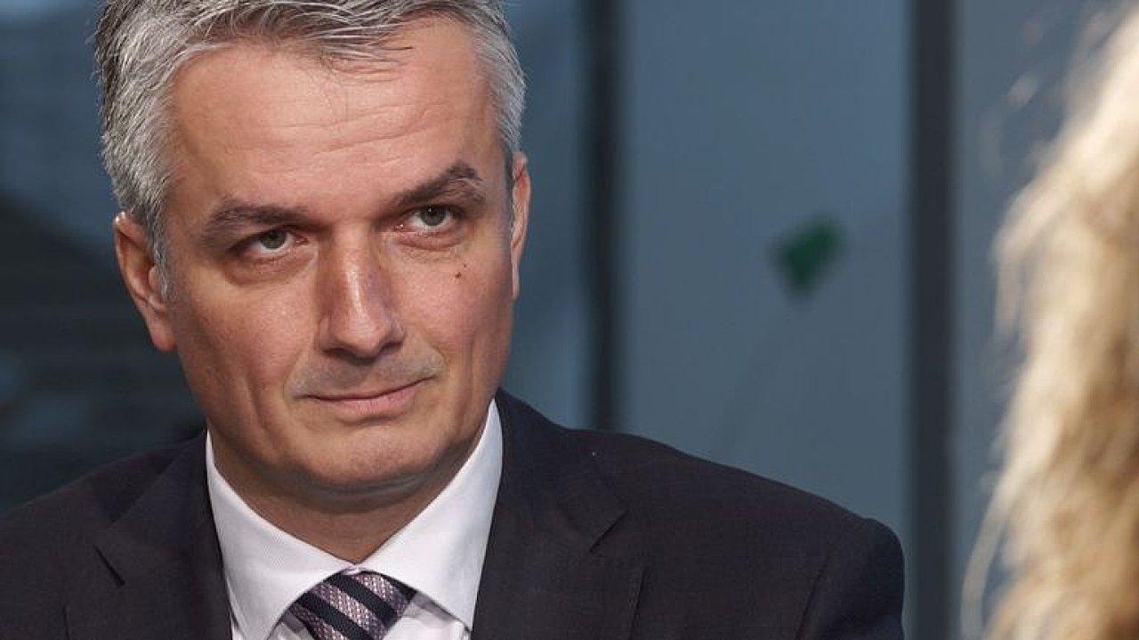 Šéf České pošty: Nadávám každý den, doba nám utekla, lidé nenašli odvahu něco změnit.