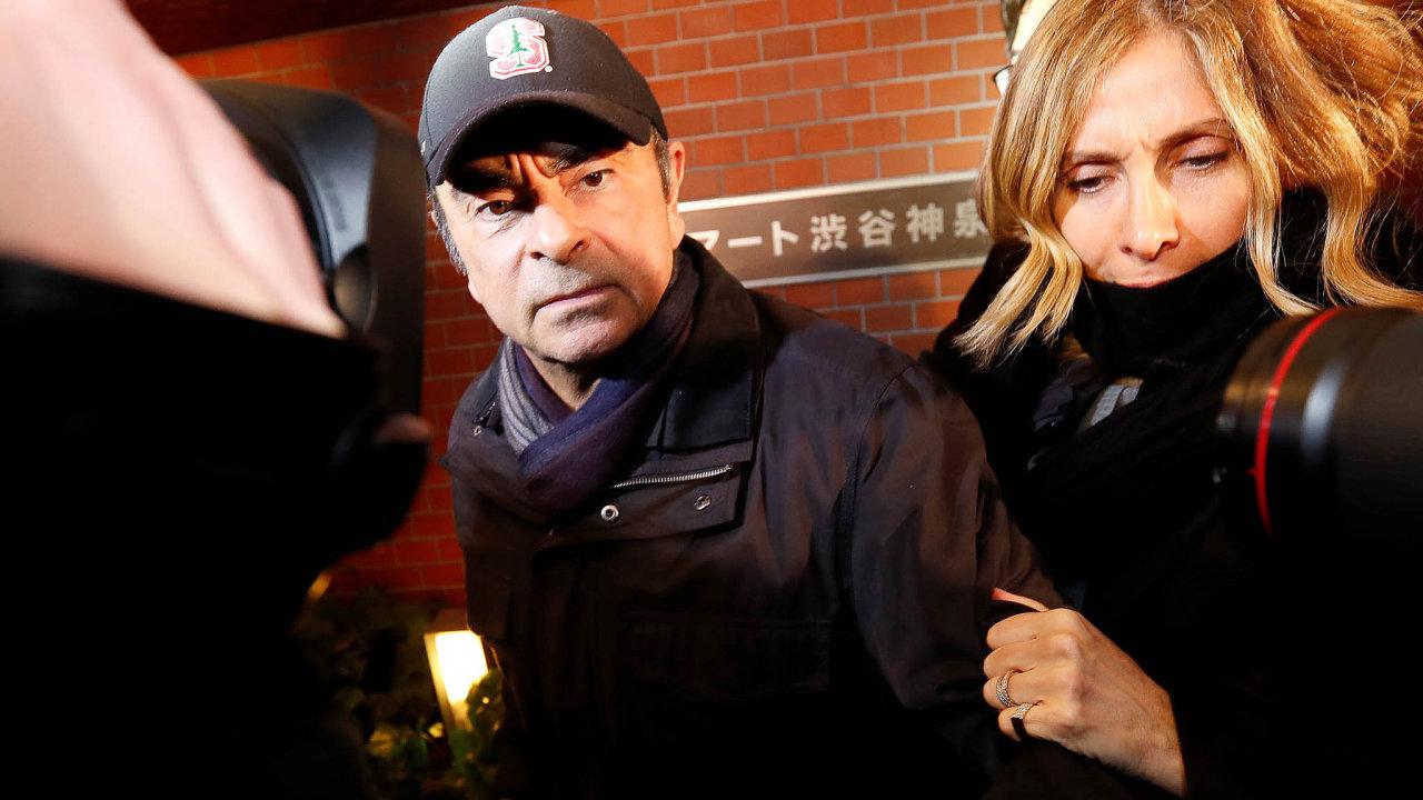 Tři tryskáče, onichž nikdo nevěděl, podle zpráv médií objevili vyšetřovatelé najatí Renaultem aNissanem. Ato vreakci na listopadové zatčení jejich šéfa Carlose Ghosna vJaponsku.