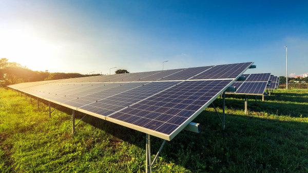 Kancelář Eversheds Sutherland poskytovala právní služby fondu Eques Fotovoltaica při prodeji solárních parků skupině Jufa.