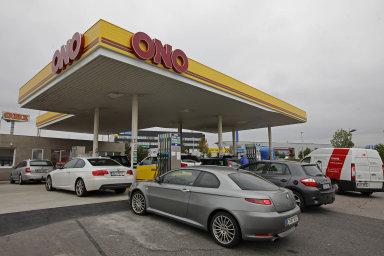 Tank Ono: Zjedné pumpy vPlzni se za25let vytvořil jeden zvýznamných hráčů natrhu spohonnými hmotami.