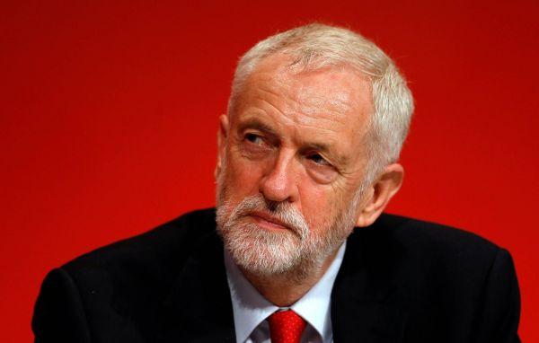 Šéf labouristů Jeremy Corbyn celý život podporoval kubánské, venezuelské nebo palestinské extremisty.