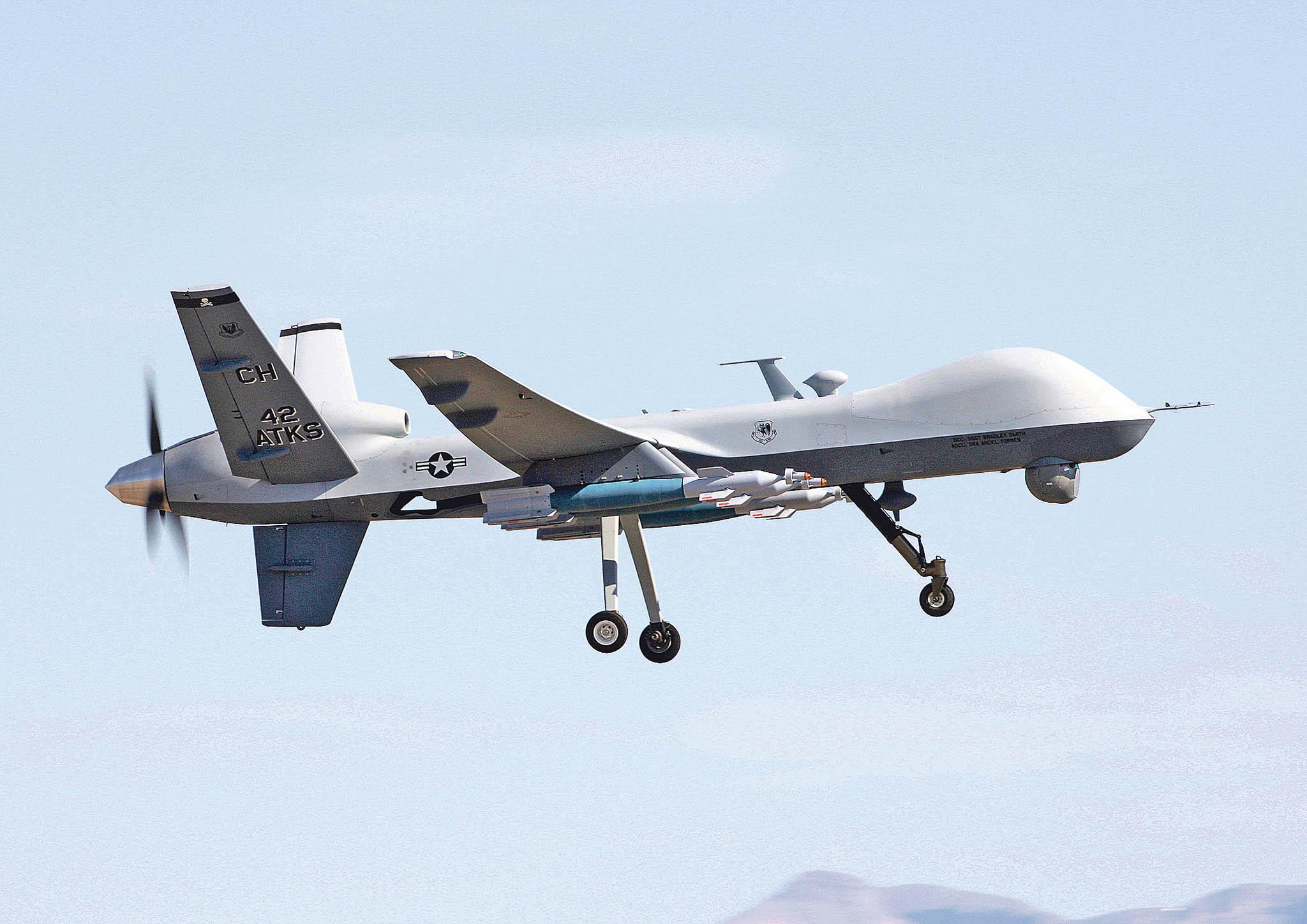 Bezpilotní letoun MQ-9 Reaper společnosti General Atomics je určený pro útoky napohyblivé cíle. Letos vlednu například zabil generála Kásema Solejmáního, velitele jednotek Kuds íránských revolučních gard.