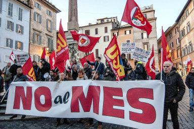 Italští populisté blokují využití miliard pro zdravotnictví, argumentují národní identitou