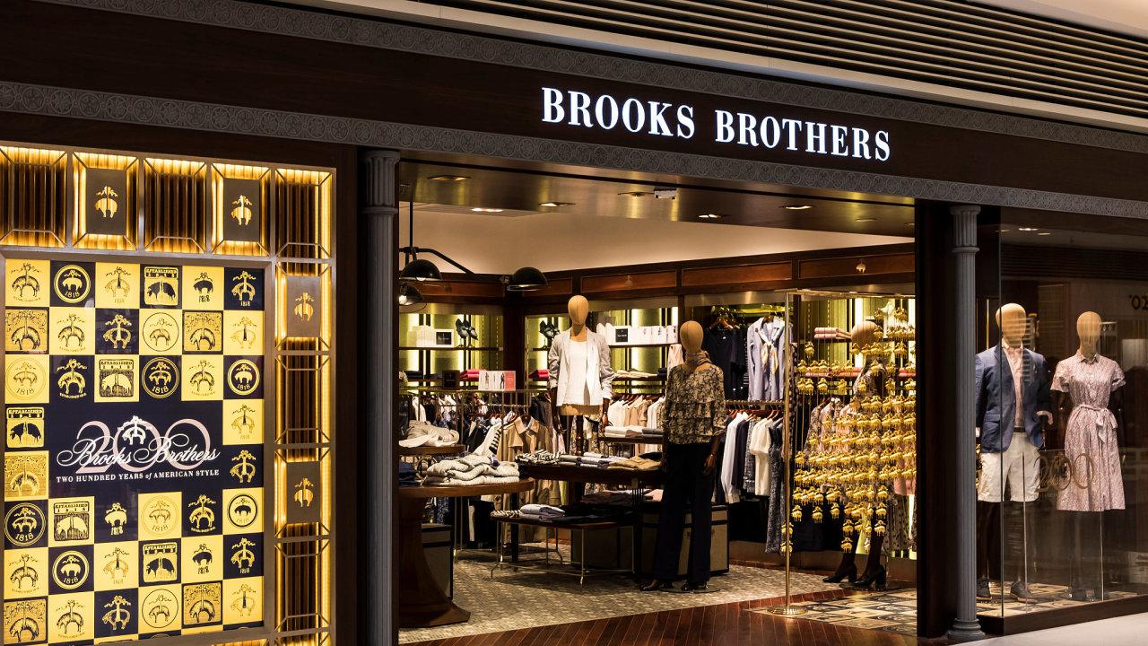Brooks Brothers patří k těm nejstarším oděvním značkám na světě. Její obleky nosilo na 40 amerických prezidentů včetně Barracka Obama či John F. Kennedy.