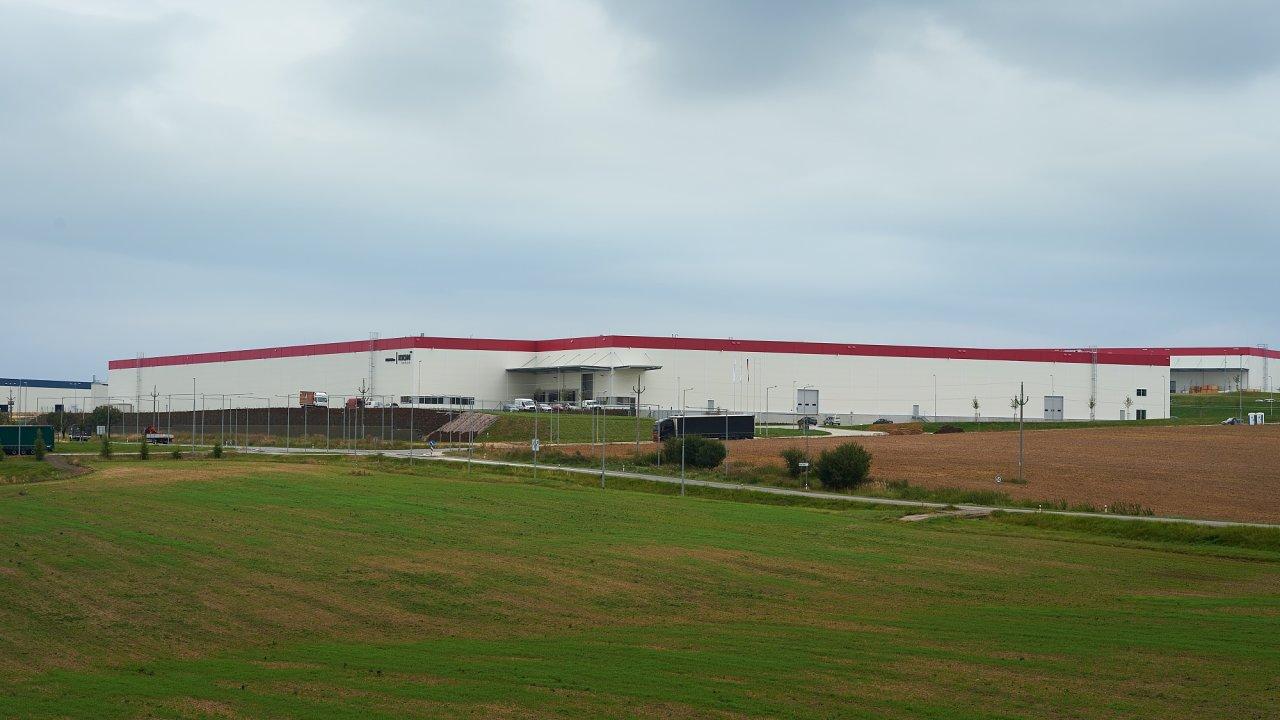 Nová budova závodu Kion Group v Panattoni Parku Stříbro.