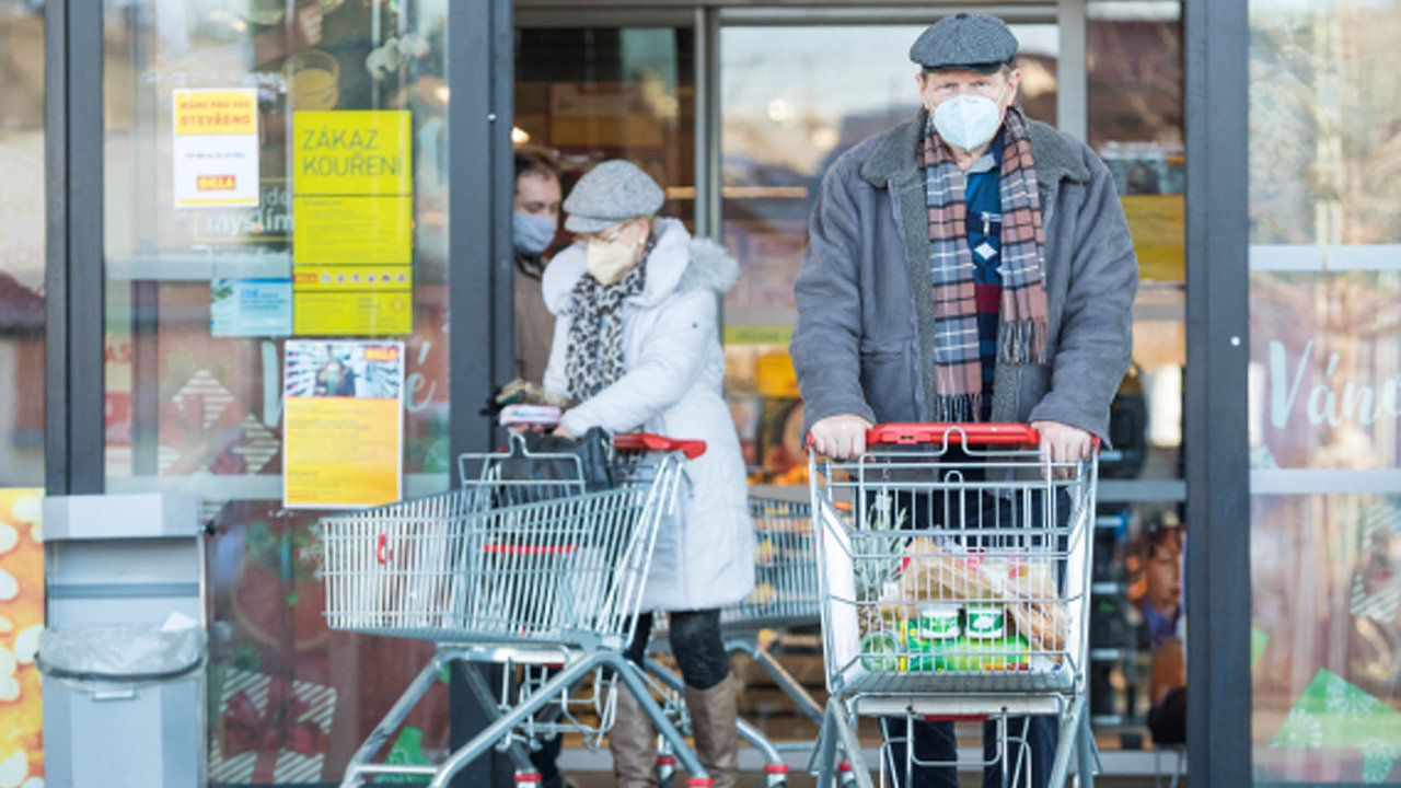 Povinné kvóty na prodej českých potravin by se měly vztahovat na obchody větší než 400 metrů plochy.
