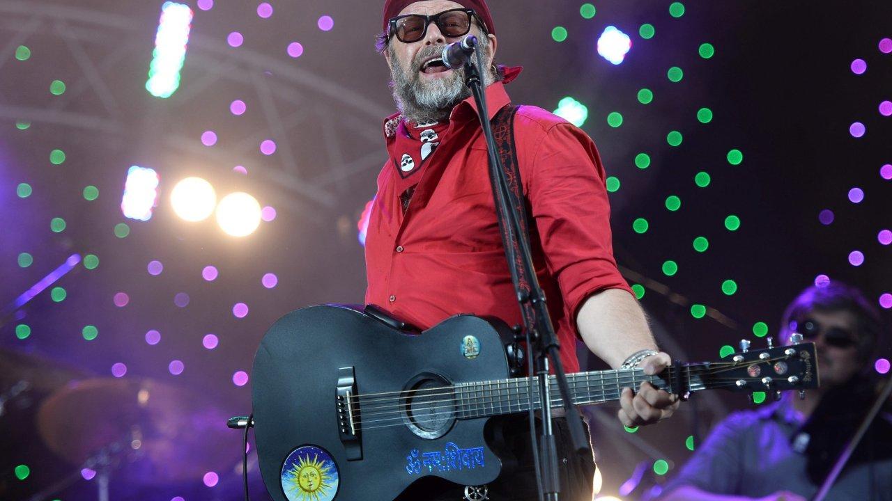 Boris Grebenščikov je legendou ruské rockové scény. V pátek 1. října vystoupí se svou skupinou v Praze.