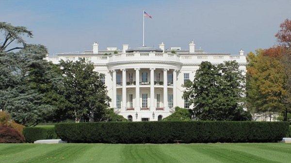 Premi�r Sobotka usiloval o setk�n� s Obamou. Ve Washingtonu se minou