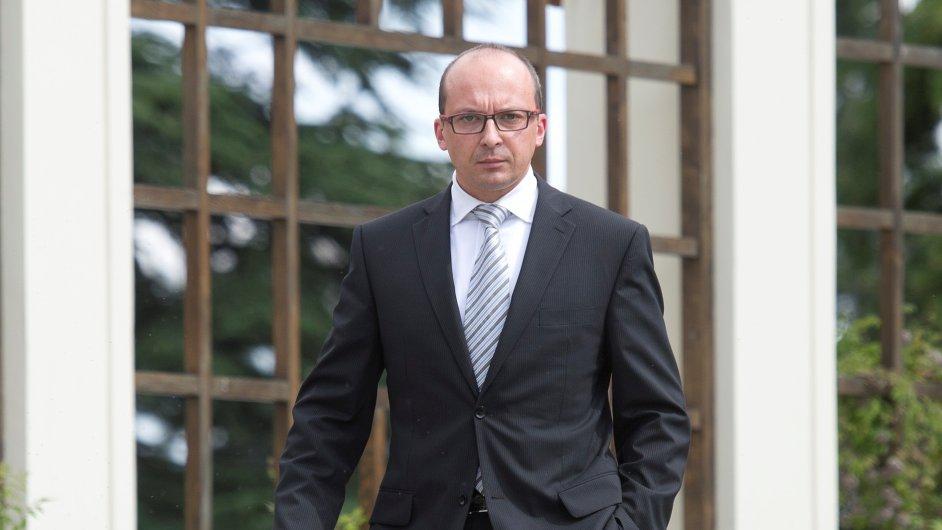 Nový ministr pro místní rozvoj František Lukl
