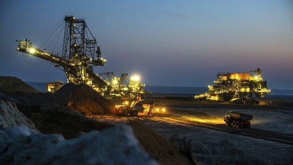 Povrchový důl společnosti Vattenfall u východoněmeckého města Welzow.