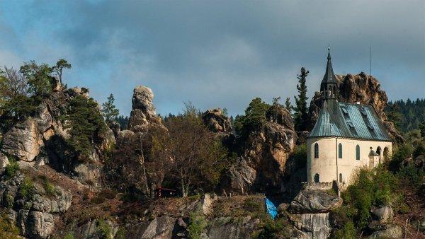 Mal� Sk�la v �esk�m r�ji hled� provozovatele skaln�ho hradu Vranov