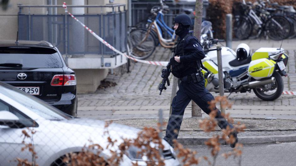 Dánská policie u kavárny, kde se střílelo-