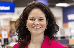Iva Pavlousková, PR Managerka společnosti Datart