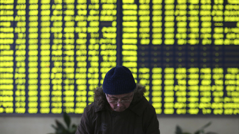 Na propad čínské burzy reagují poklesem evropské i americké akciové trhy - Ilustrační foto.