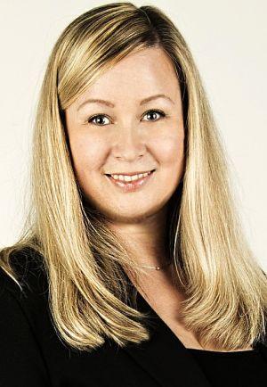 Zuzana Burmakinová, Recovery Directorem APS Holding