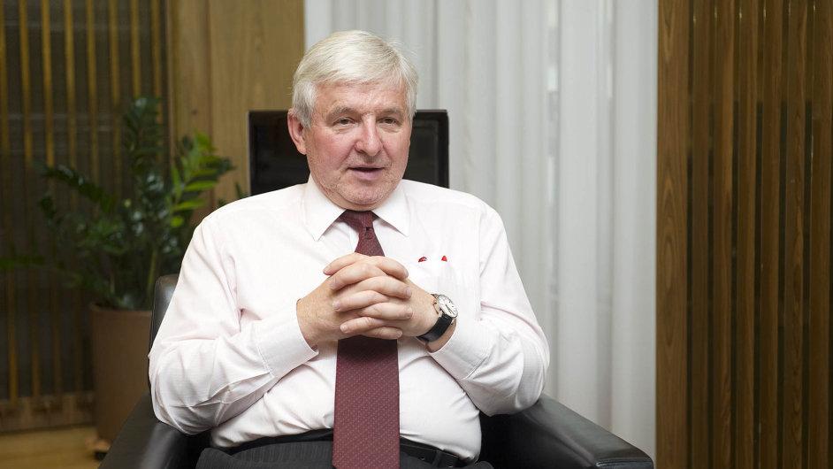 Jiří Rusnok by se měl příští rok stát guvernérem ČNB. Co udělá s kurzem koruny?