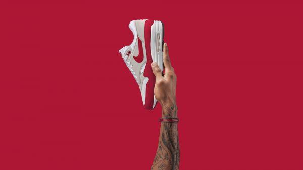 SU17 Nike AirMaxDay Hands AM1 OG Ma