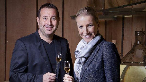 Manželé Jan a Růžena Kleinerovi, majitelé rodinné destilerie Kleiner.