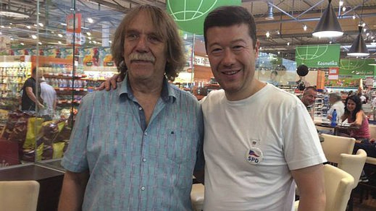 Jaromír Nohavica s Tomiem Okamurou
