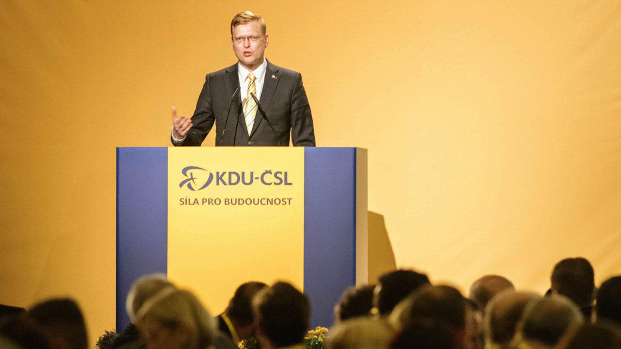 Dlouholetý předseda. Pavel Bělobrádek se šéfem KDU-ČSL stal už téměř před sedmi lety, 20. listopadu 2010.