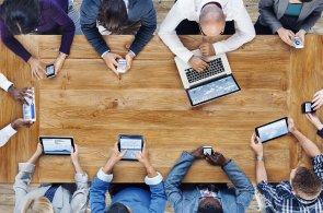Život v kancelářích zjednodušují chytré aplikace. Začínají je využívat i české firmy