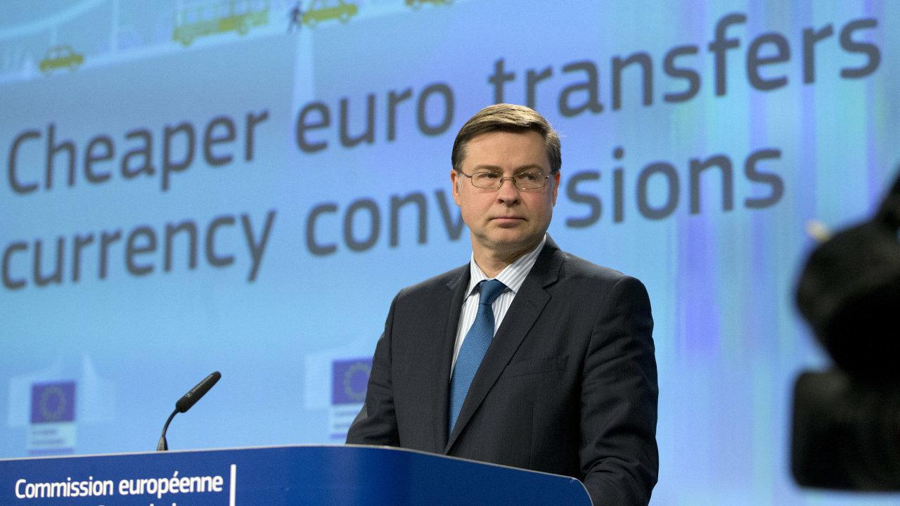 Místopředseda Evropské komise pro euro a sociální dialog Valdis Dombrovkis.