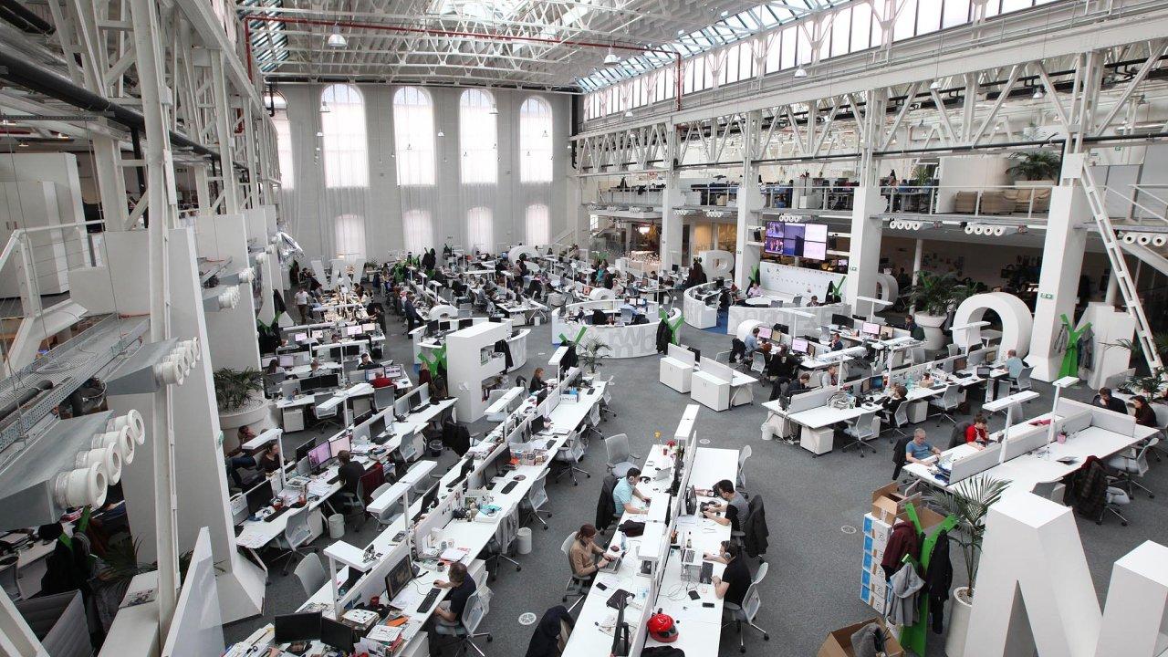 Newsroom vydavatelství Economia.
