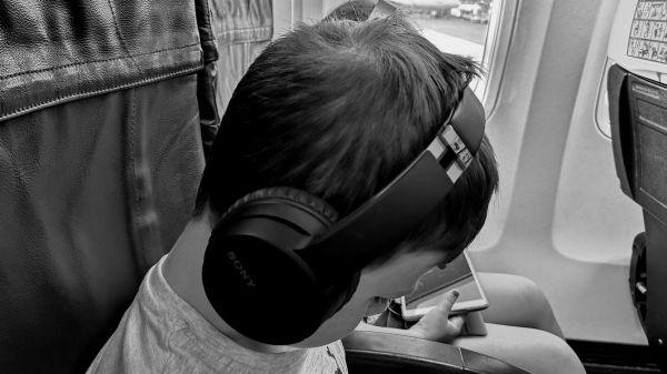 Levná bezdrátová sluchátka Sony WH-CH700N