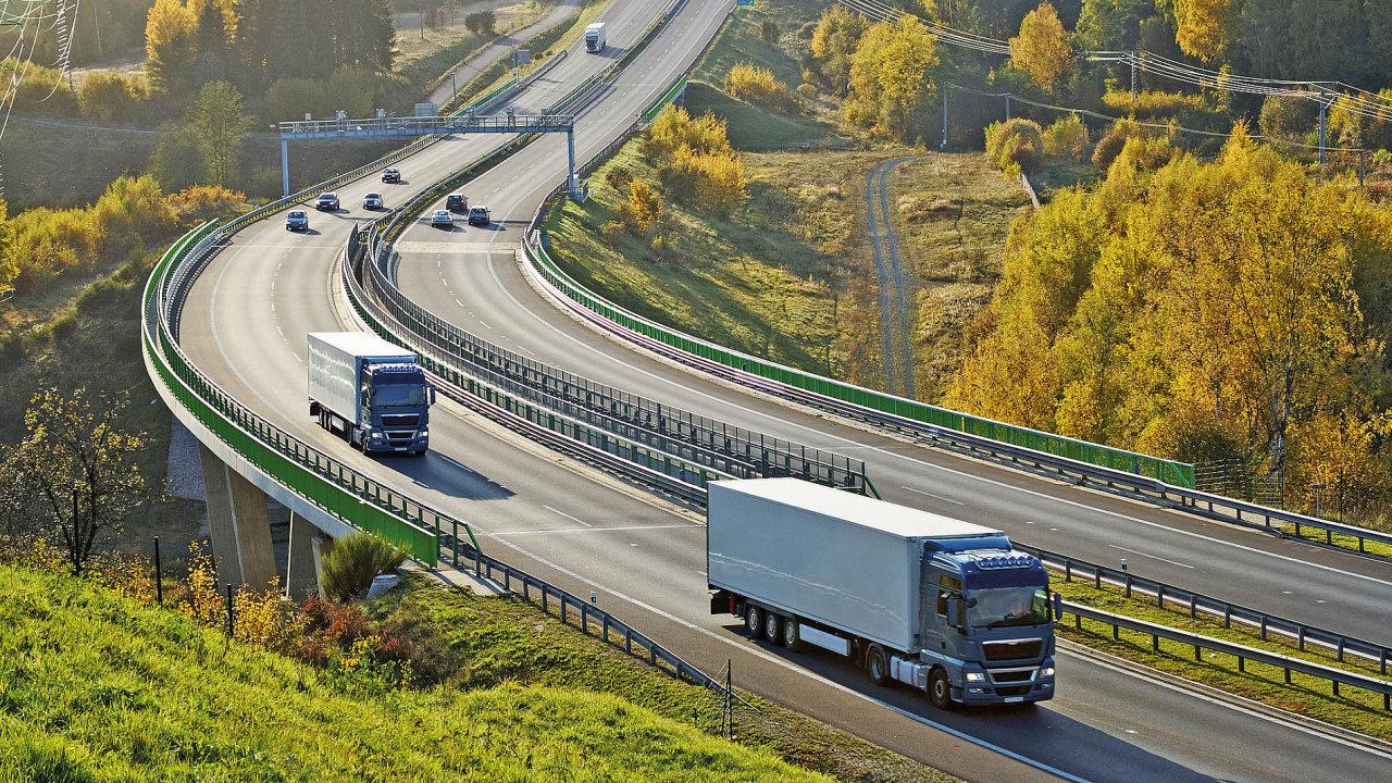 Elektronické mýto umožní dopravcům jezdit po Evropě pouze s jednou palubní jednotkou OBU a usnadní administrativu s vyúčtováním mýta.
