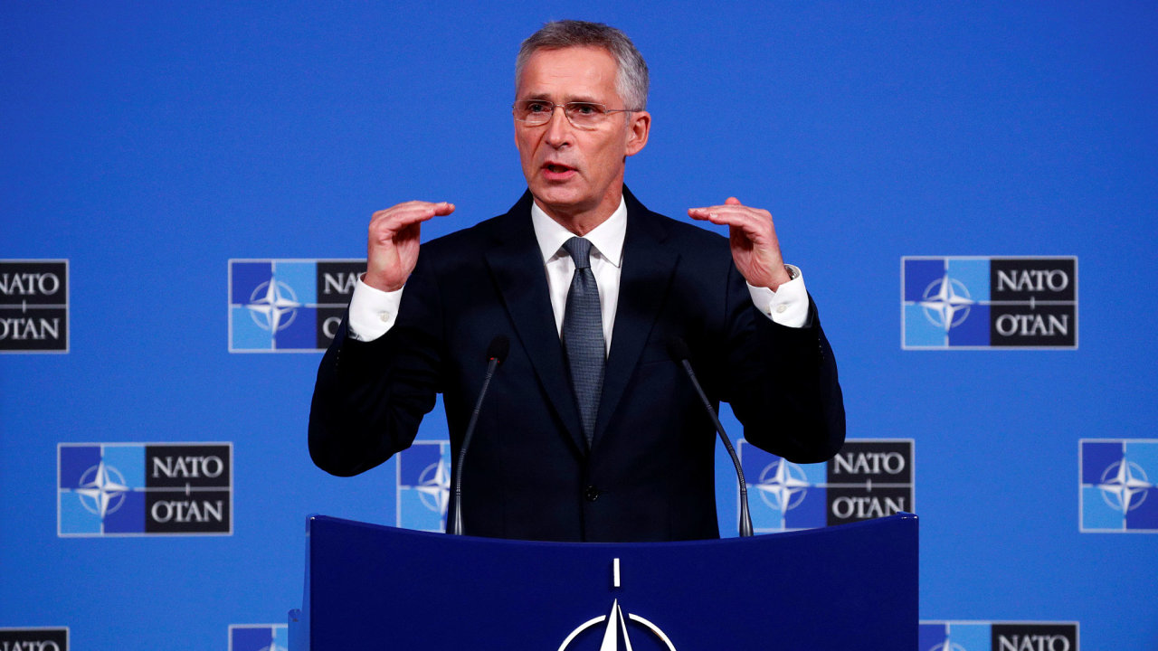 Generální tajemník Severoatlantické aliance Jens Stoltenberg oznámil, že pokud bude dodržováno příměří, začnou se 4. listopadu odpoutávat znepřátelené síly i v oblasti obce Petrivske.