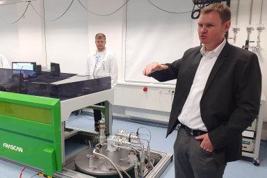 Petr Neugebauer z CEITEC VUT má několikaleté zkušenosti z Německa. Systém státní podpory vědy a grantů je tam podle něj hodně odlišný.