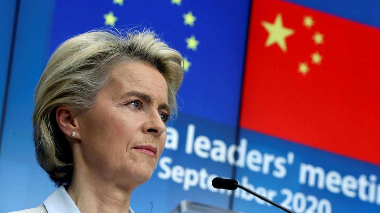 Dohodu o investicích mezi Evropskou unií a Čínou ve středu oznámila předsedkyně Evropské komise Ursula von der Leyenová.