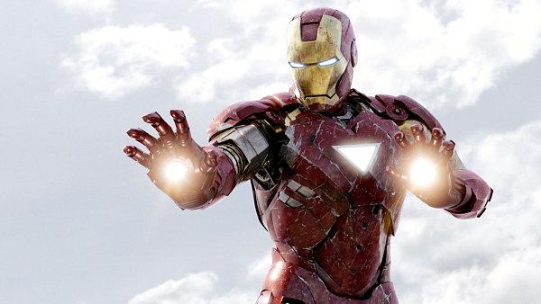 Po Avengers se jako prvn� vr�t� Iron Man