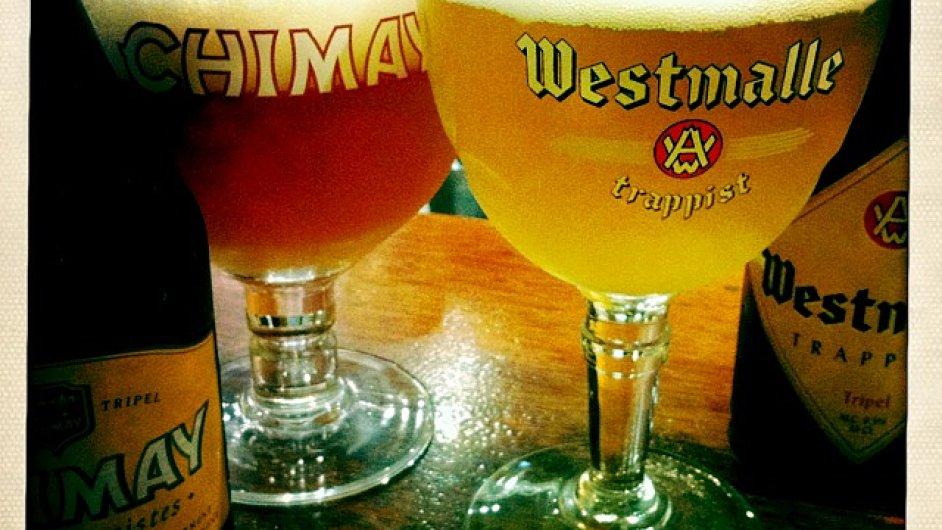 Trapistická piva (na obrázku Chimay a Westmalle) vyrábějí belgičtí mniši v klášterech.