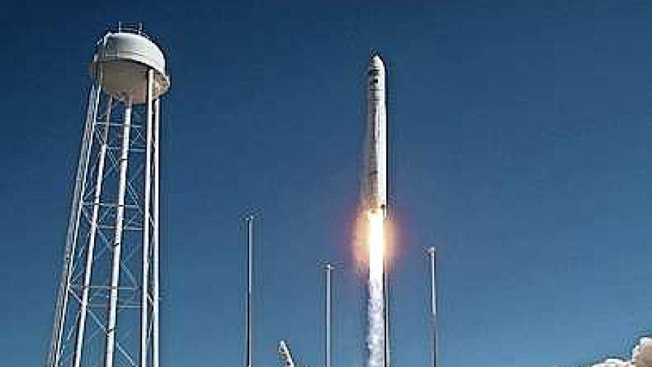 Cygnus ve čtvrtek vynesla na oběžnou dráhu nosná raketa Antares z kosmodromu NASA Wallops.