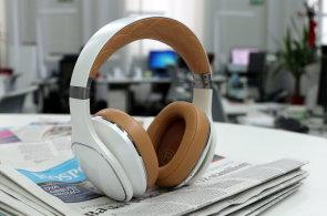 Samsung jde se sluchátky proti Applu: Luxusní Level Over jsou lepší než Beats Studio 2