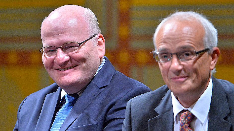 Ředitel Jan Burian (vpravo) a ministr kultury Daniel Herman v pondělí zahájili novou sezonu ND.