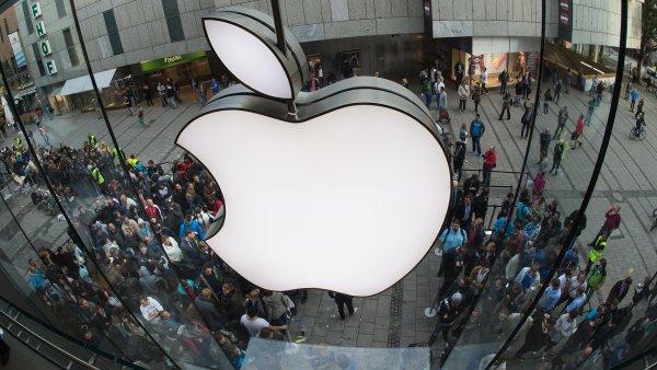 Apple a Ericsson ukon�ily pr�vn� spor podpisem patentov� dohody.