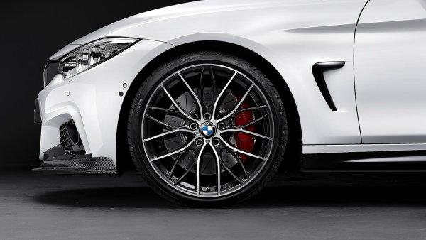 Auto Report: BMW um� stav�t kr�sn� auta za t�k� pen�ze