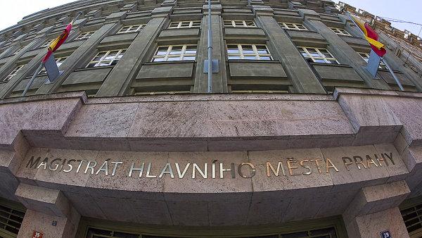 Na snímku budova pražského magistrátu.