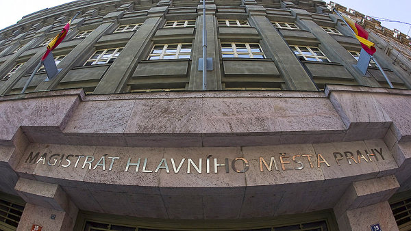 Ve v�celet�ch a ro�n�ch grantech na kulturu Praha rozd�luje asi 300 milion� korun.